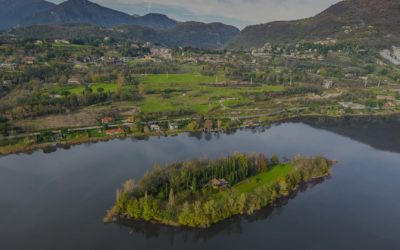 Lake Como Green Land